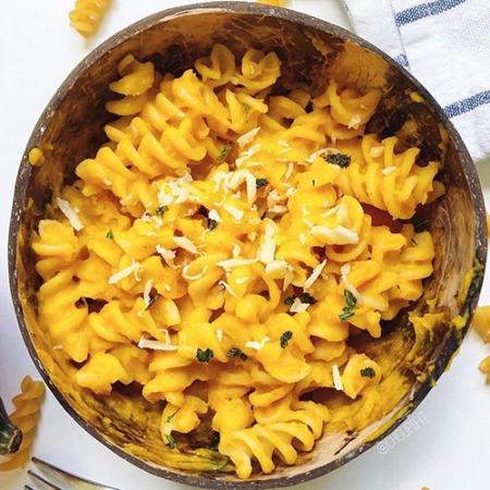 recette healthy et végétarienne de pâtes à la crème de butternut sans gluten