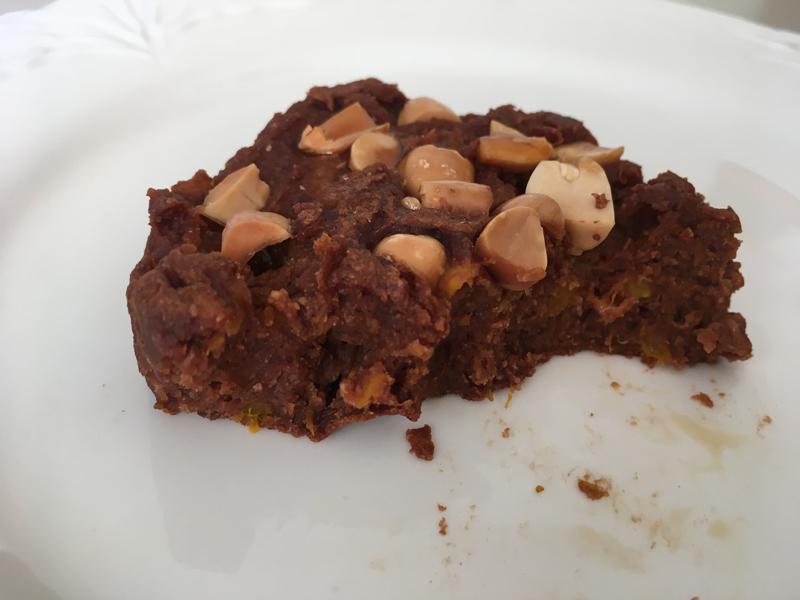 Fondant au chocolat cuisson à la poele avec des cacahuètes et de la courge sans oeuf et sans beurre