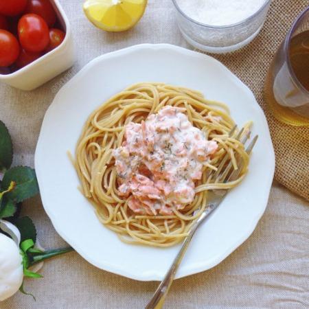 recette penne au saumon fume sans creme fraiche entiere et sans lactose, pauvre en matière grasse, recette parfaite pour le regime