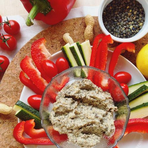 dips végétalien lentille verte, citron, cumin et cacahuète pour apéro sain et protéiné