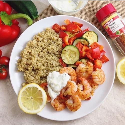 Sauce yaourt diététique sans matière grasse avec crevettes au paprika