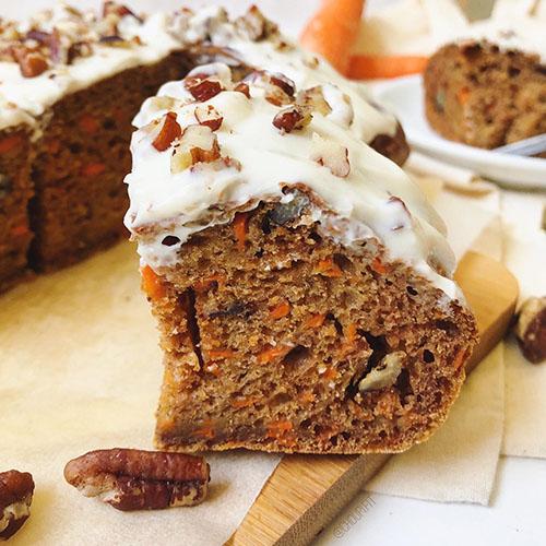 recette healthy de gâteau de carotte sain et protéiné sans matière grasse ajoutée et sans beurre