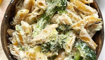 recette allégée et healthy de pâtes au fromage frais Philadelphia, ail et brocoli pauvre en matière grasse